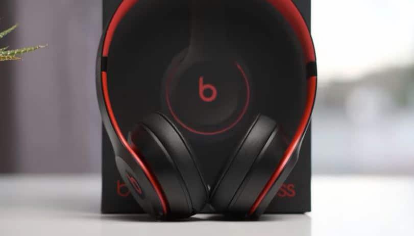 beats solo 3 wireless cyber monday
