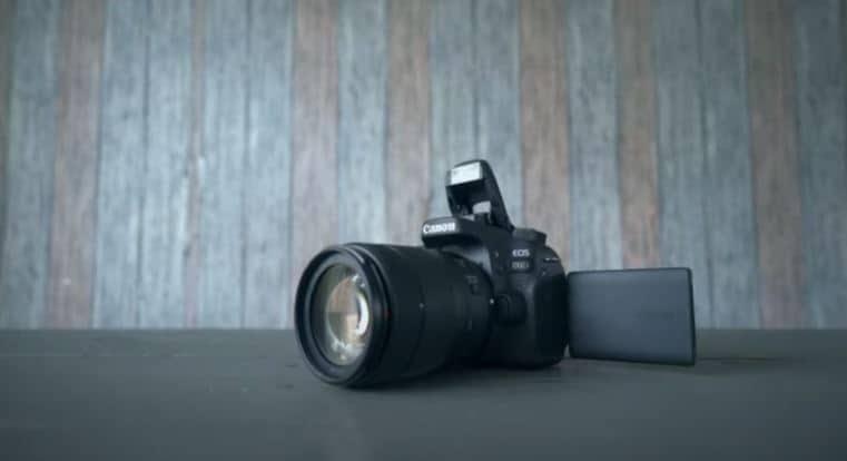 Canon 80D Cyber Monday