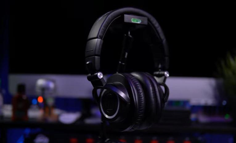 audio technica ath-m50x cyber monday